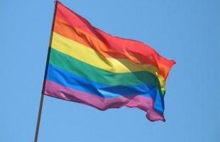 Les personnes LGBT+ demandent la pleine égalité