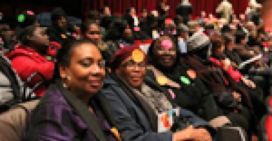 Les 130 travailleuses congédiées par le CRDITED-Montréal réclament leur réintégration