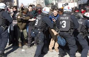Entre l'austérité et la violence, le PLQ préfère qu'on parle de violence !