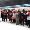 Une chorale de Noël bien spéciale devant le siège social des Résidences Soleil