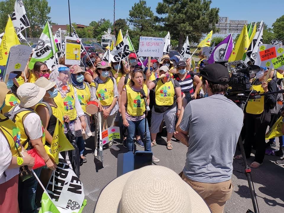 Deuxième journée de grève pour 3000 services de garde en milieu familial