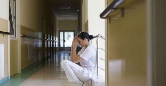La majorité du personnel craint pour sa santé psychologique